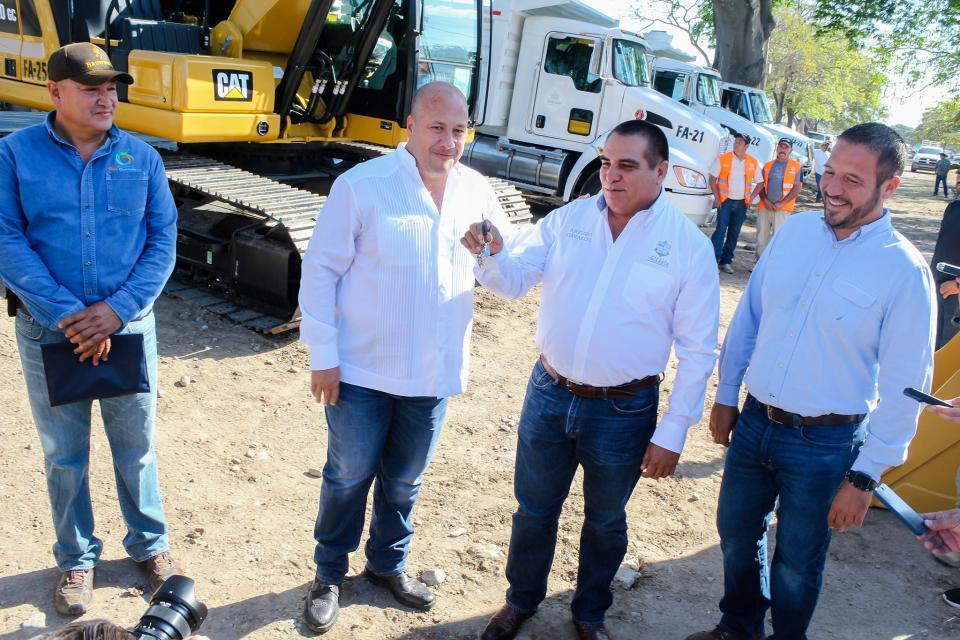 Reconoce Dávalos histórico apoyo al sector agropecuario