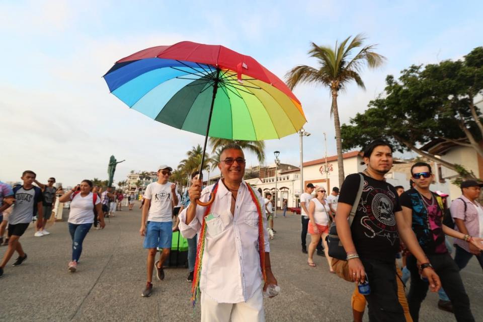 Realizan marcha contra la Homofobia en PV