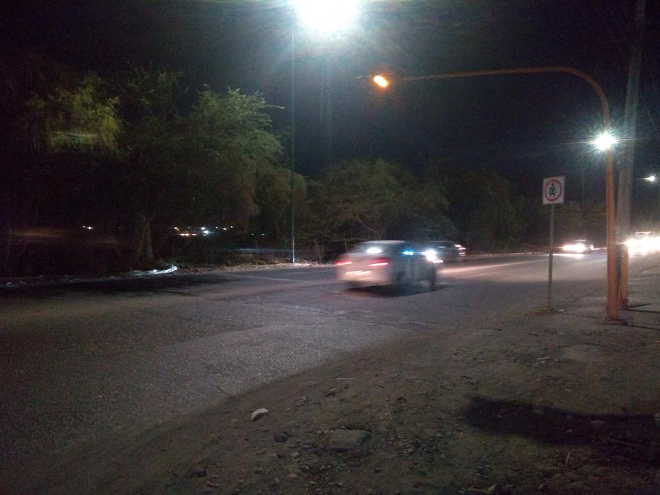 Cumplen semáforos cincomeses sin funcionar