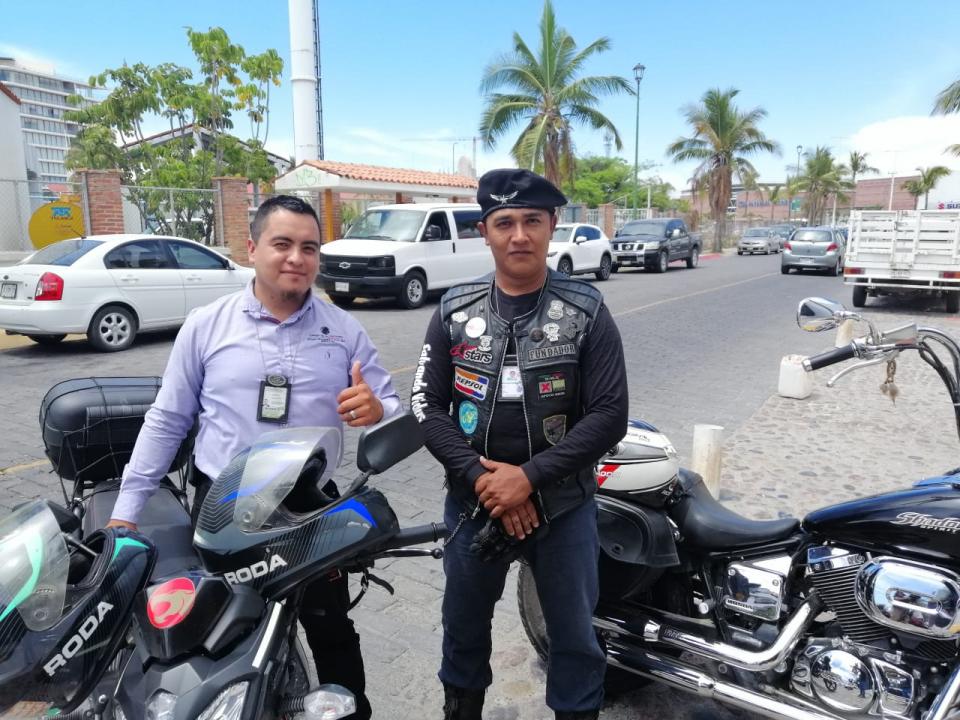 """Motociclistas de """"Salvando Vidas""""piden respeto a línea peatonal"""