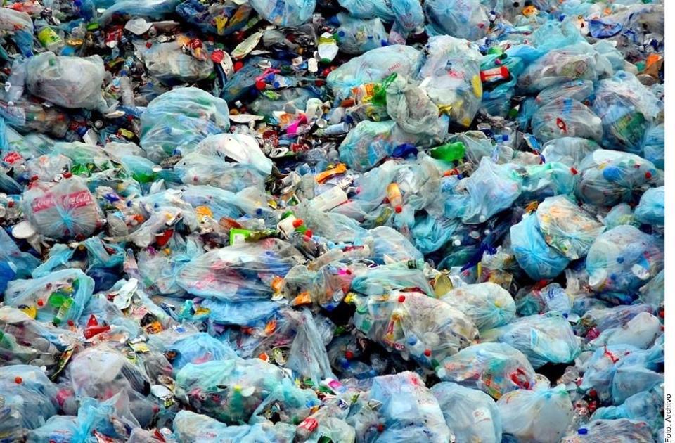Prohíben uso deplásticos en Nayarit
