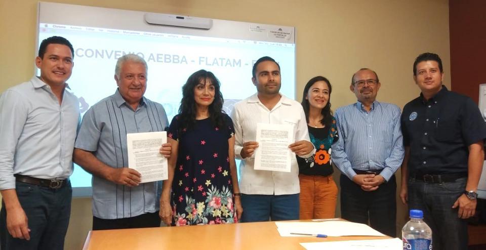 Firman convenio entre AEBBA, FUANy la Fundación Futuro de América Latina