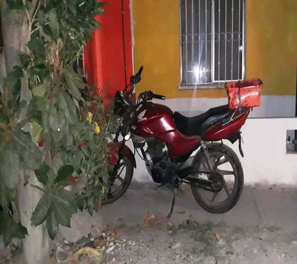 Recuperan motocicletacon reporte de robo