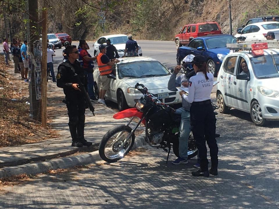 Operativos que realiza la Policía Vial del Estado en Puerto Vallarta son anticonstitucionales y quedan suspendidos