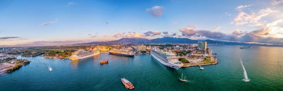 Preparan Celebración del Día de la Marina en Puerto Vallarta
