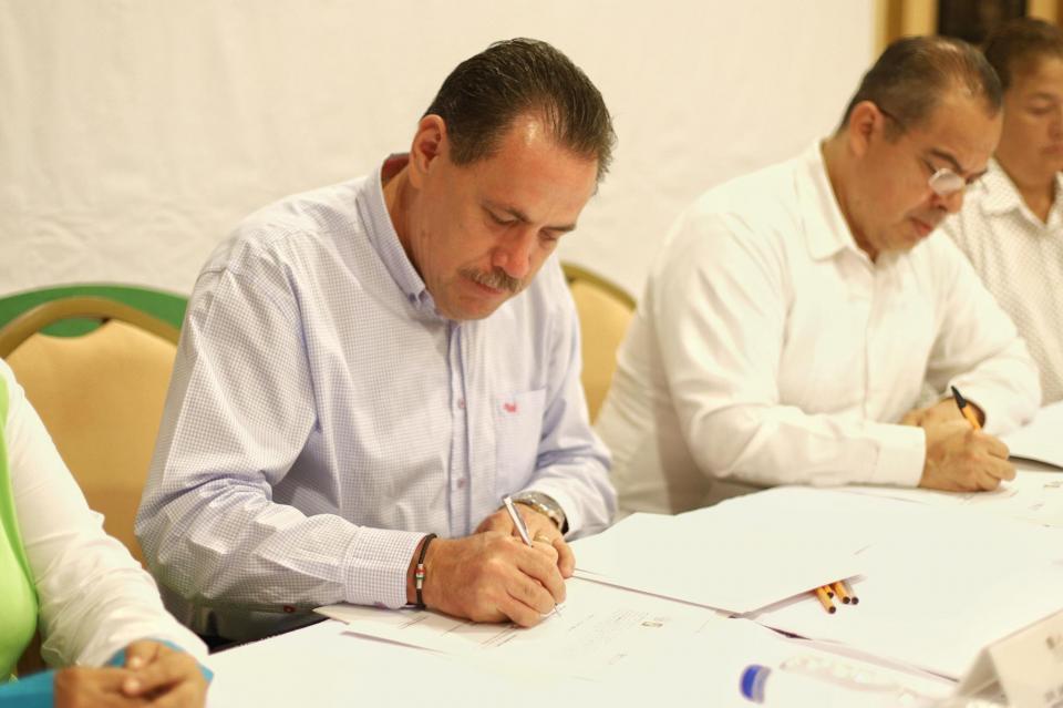 Busca Jaime Cuevas fortalecer diálogo y mediación en solución de conflictos
