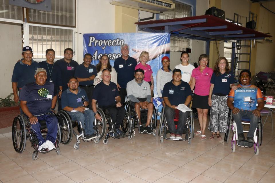 Entrega DIF aparatos ortopédicos a personas vulnerables