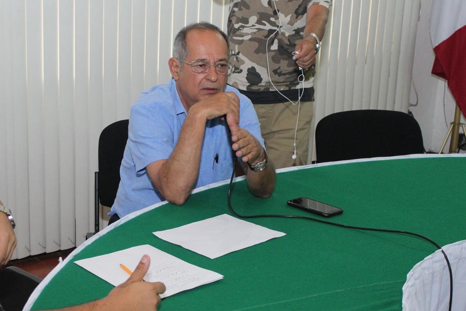 Atiende ayuntamiento a padres de jardín de niños Emiliano Zapata