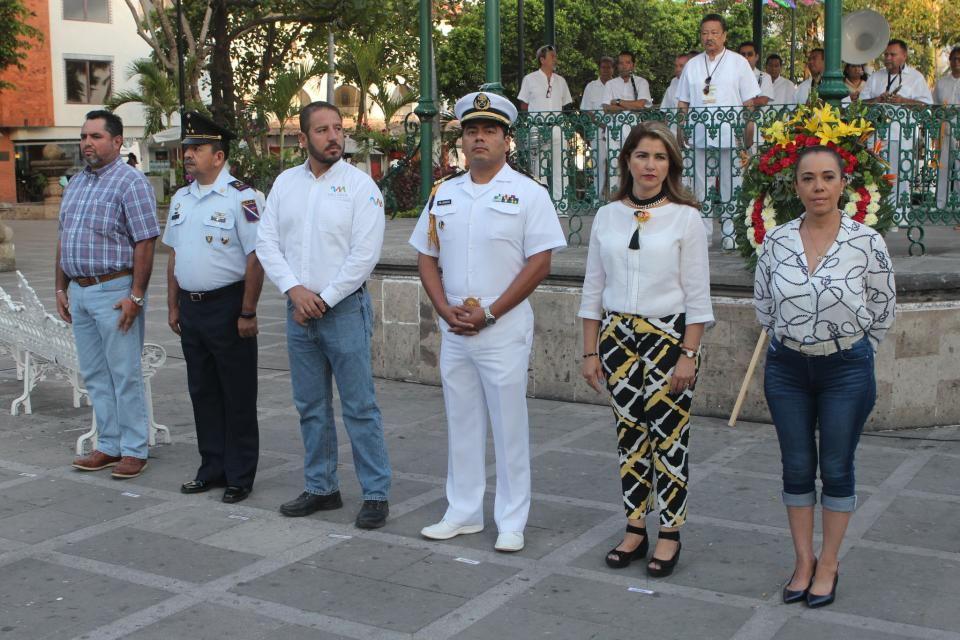 Rinden honores a la memoria del General Mariano Escobedo