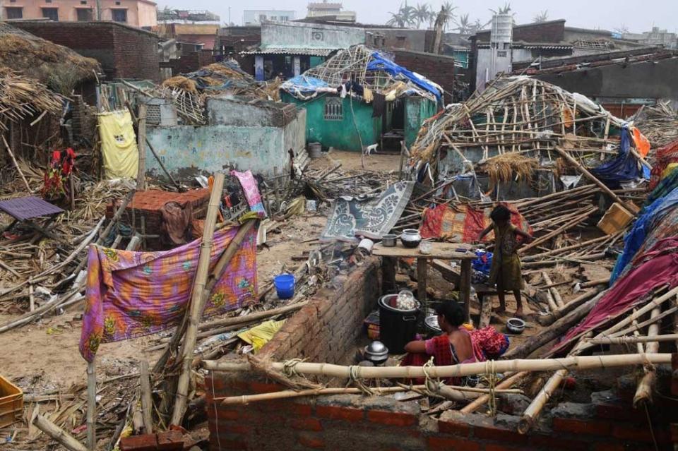 Suman casi 50 muertos por paso de ciclón Fani en India y Bangladesh