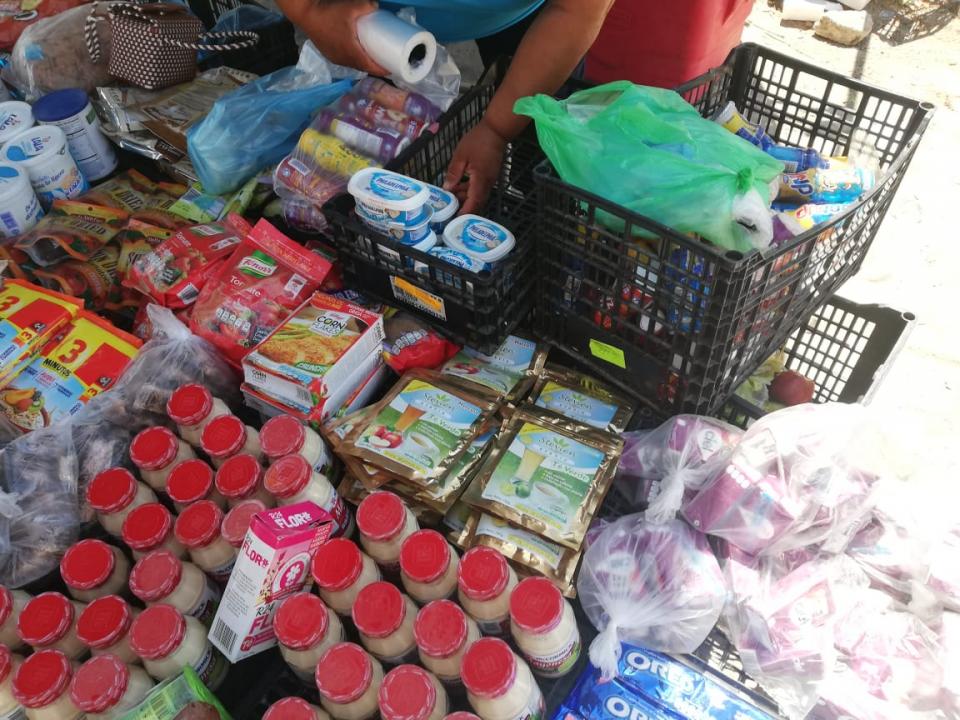 Denuncian venta de productoscaducados en tianguis de PV