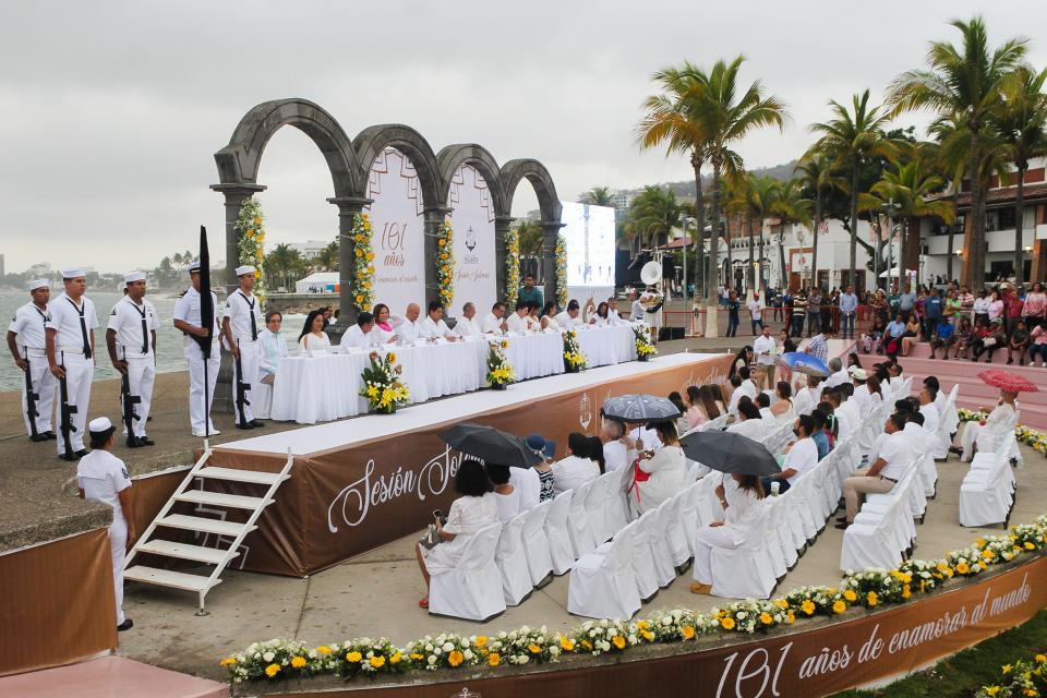 FESTEJO DE 101 AÑOS… Celebran a Vallarta en sesiónsolemne de Ayuntamiento