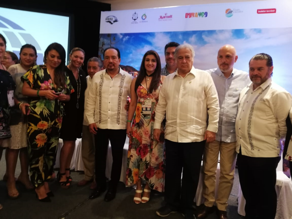 Inaugura Torruco la ConvenciónInternacional de la AMAV en PV