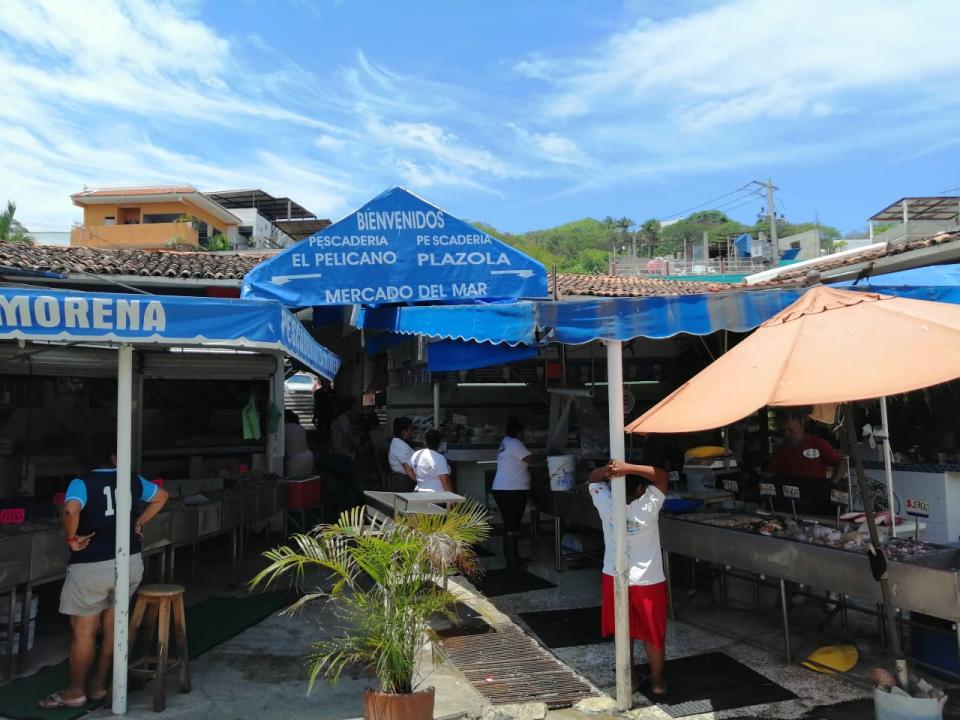 El Mercado del Mar ya es una tradicióna 16 años de su reubicación