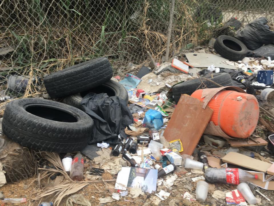 Impresionante basurero clandestinoen la colonia Villa Las Flores