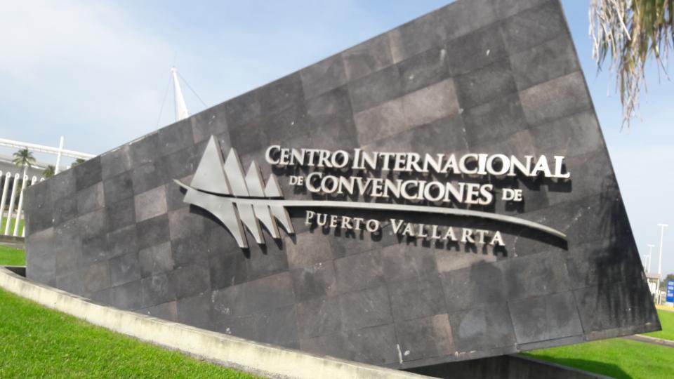 Potencializarán el Centro de Convenciones de PV: Secturjal