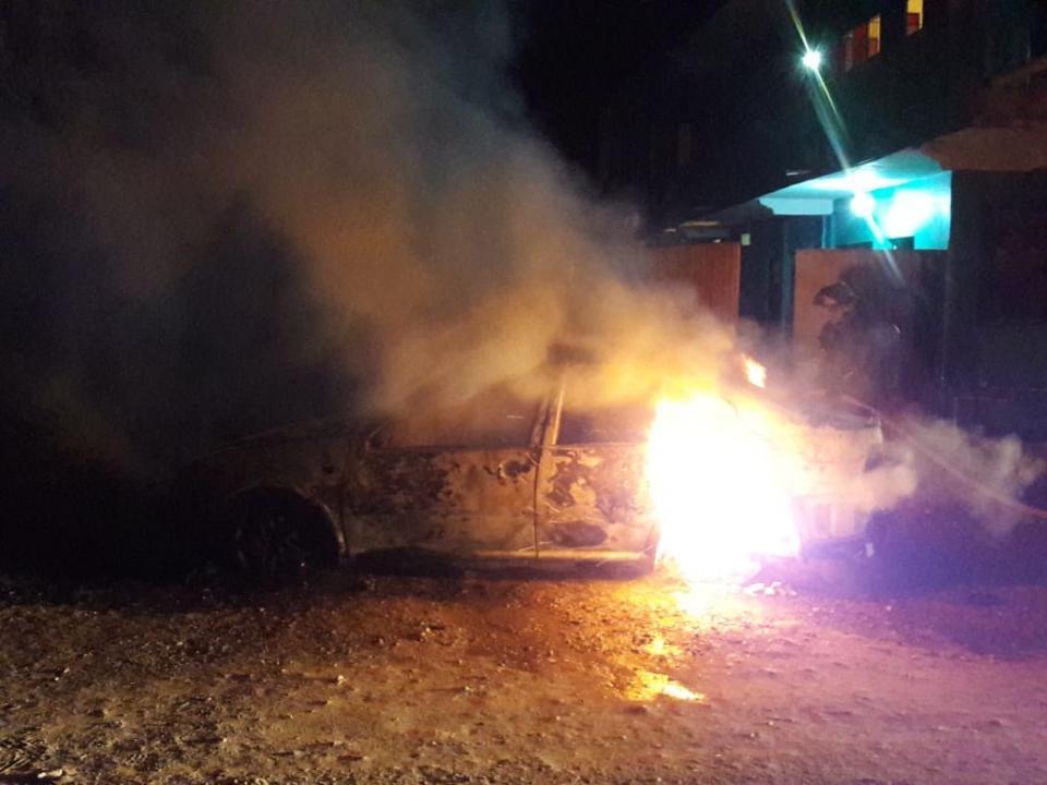 Se incendia un Jetta