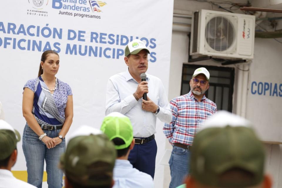 Instruye Jaime Cuevas suspender compra de plásticos no biodegradables en el Ayuntamiento
