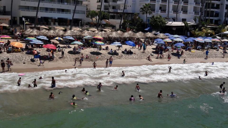Sin afectaciones por las bajastarifas de Cancún por Sargazo
