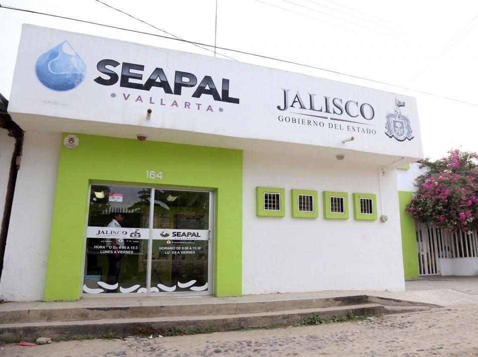 El Diputado Blancas a favorde municipalización de Seapal