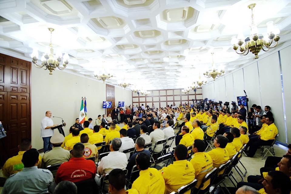 Reconoce e incentiva Gobierno de Jaliscola labor de combatientes forestales
