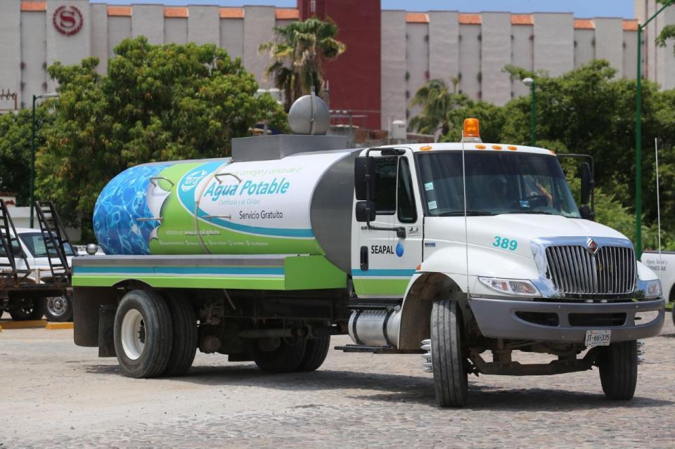 Beneficia Seapal a 630 familiascon agua potable en pipas