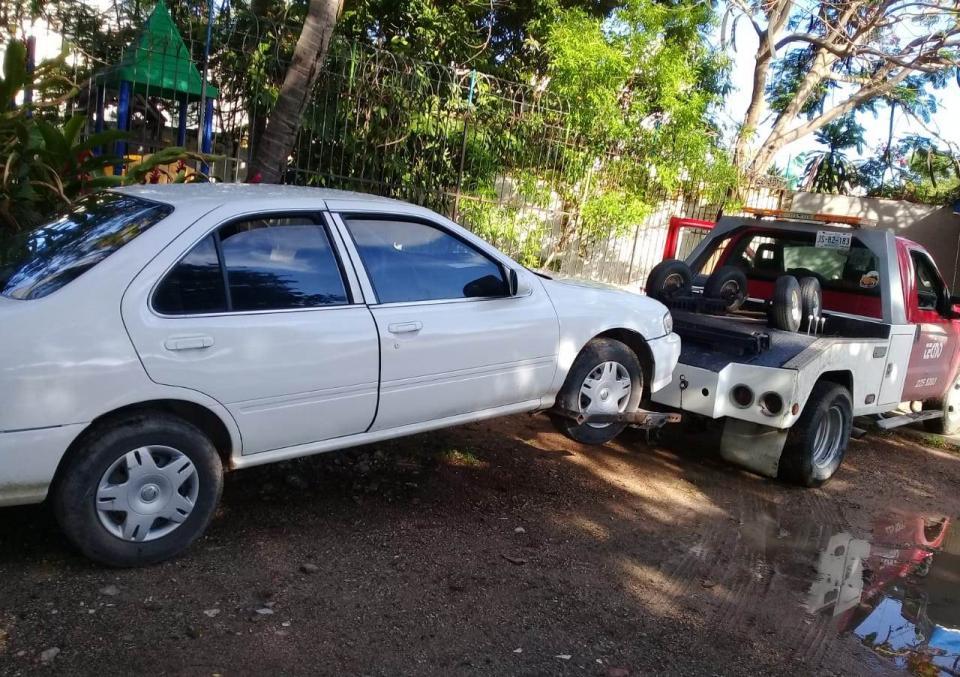 Recuperan vehículo con reporte de robo es recuperado