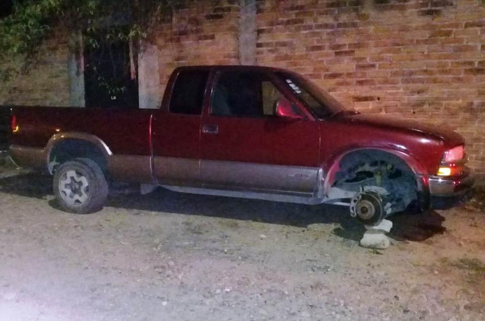 Recuperan autos robadosy retienen a un sujeto