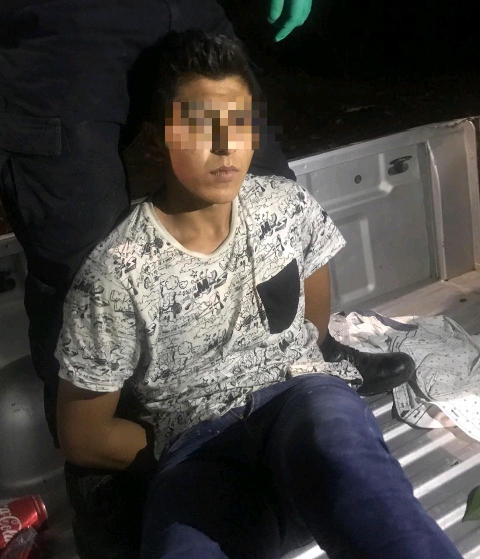 Menor amenaza con arma de fuego a taxista en Puerto Vallarta