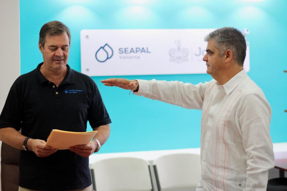 Presenta SEAPAL Vallarta a nuevo director general