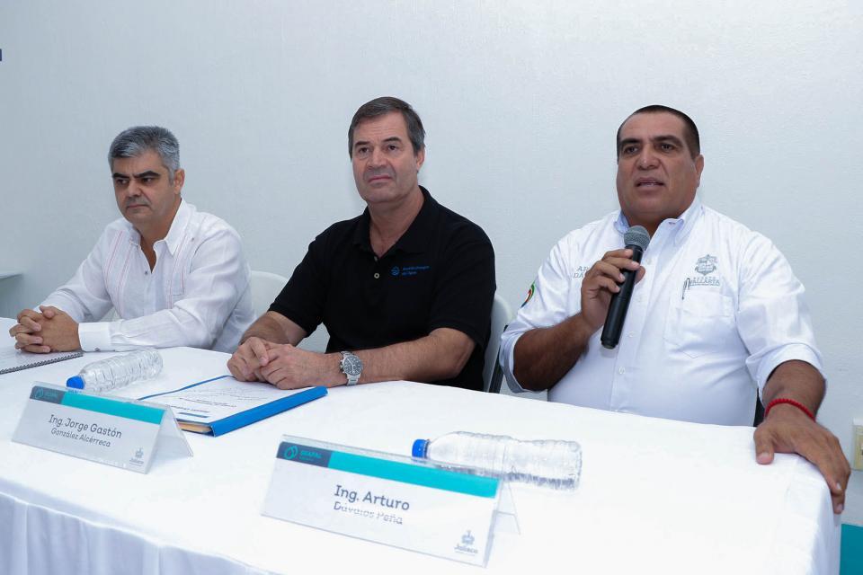 Refrenda alcalde el trabajo en equipo con Seapal Vallarta