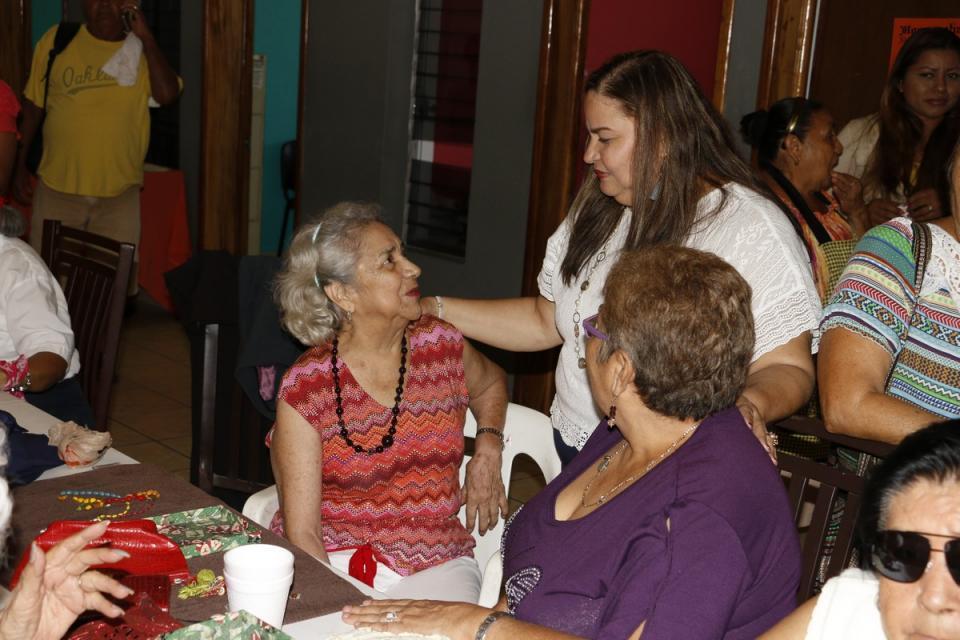 Ofrece DIF Vallarta diferentes servicios a los Adultos Mayores