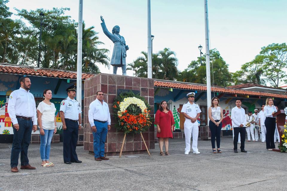 Honran autoridades la memoria de Don Miguel Hidalgo