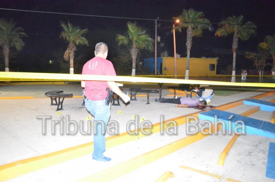 Asesinado a balazos en Mezcalitos