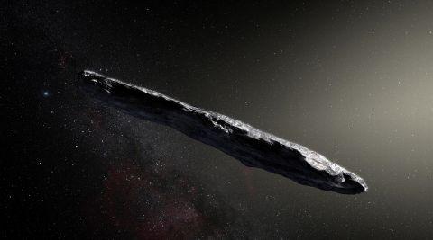 """""""Se acerca una nave alienígena a la Tierra"""": jefe de astronomía de Harvard"""