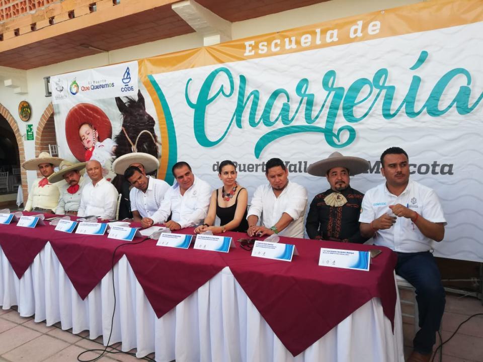 Anuncian Escuela de Charrería en Puerto Vallarta y Mascota