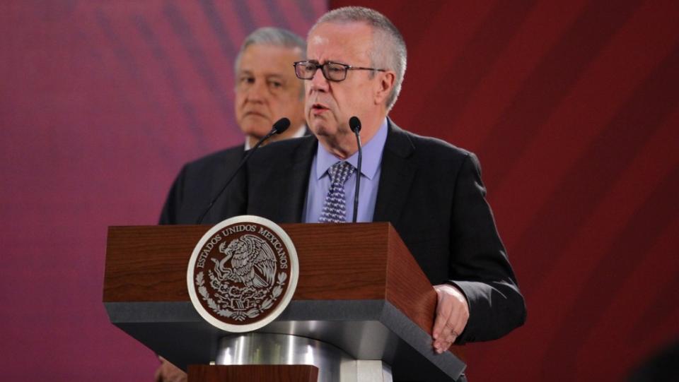 Urzúa Macías renuncia como secretario de Hacienda