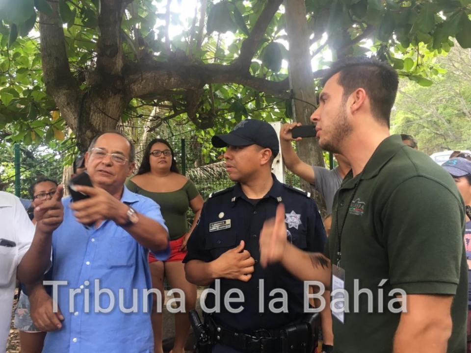 Se presenta Semarnat en bloqueo Boca de Tomatlán