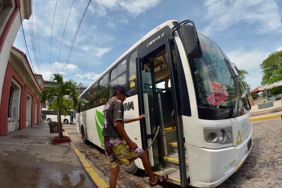 Hoy arranca prueba piloto deltransporte público en Vallarta