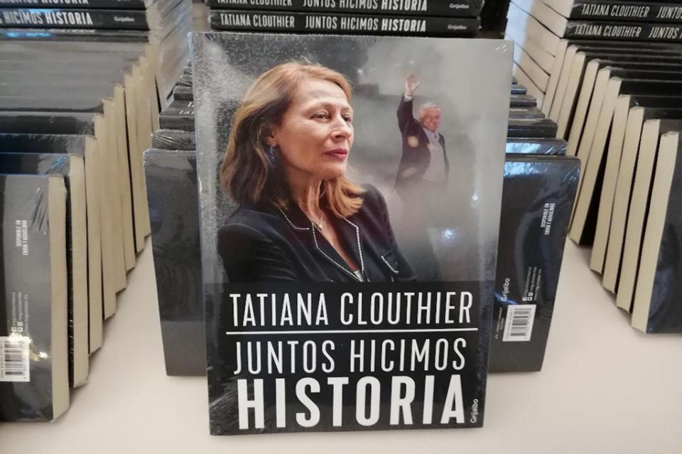 PRESENTÓ SU LIBRÓ EN BADEBA…Tatiana Clouthier busca que el Congreso recupere su dignidad