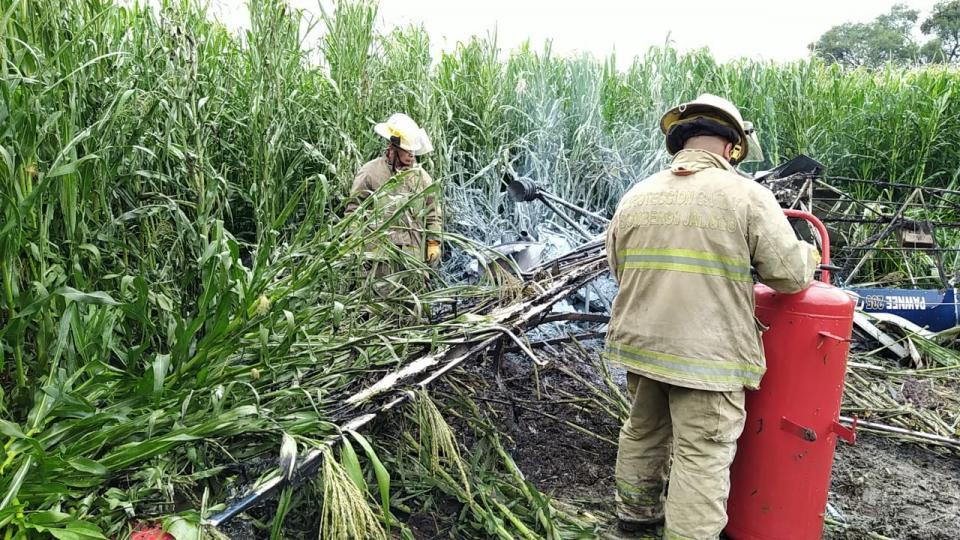 Se desploma avioneta en Tototlán, fallece piloto