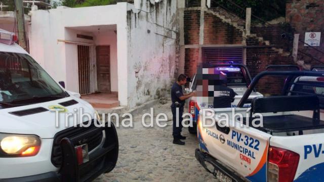 Sujeto es retenido por herir con navaja a un hombre en Playa Los Muertos
