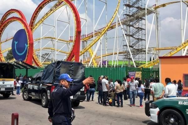 Dos personas perdieron la vida en montaña rusa de la Feria de Chapultepec.