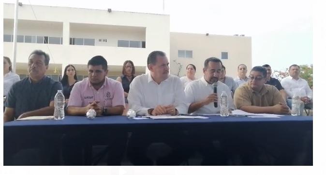 No seremos destituidos por el caso de la presidencia de cartón: Jaime Cuevas Tello