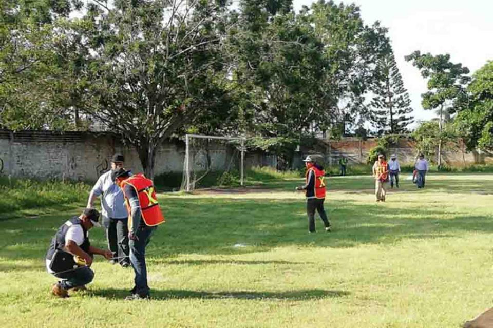 En la cuerda floja el proyecto dela unidad deportiva de Bucerías