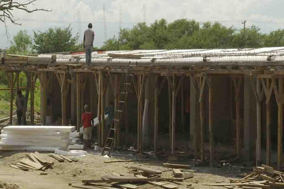 Avanza la construcción de laescuela en Paraíso Vallarta