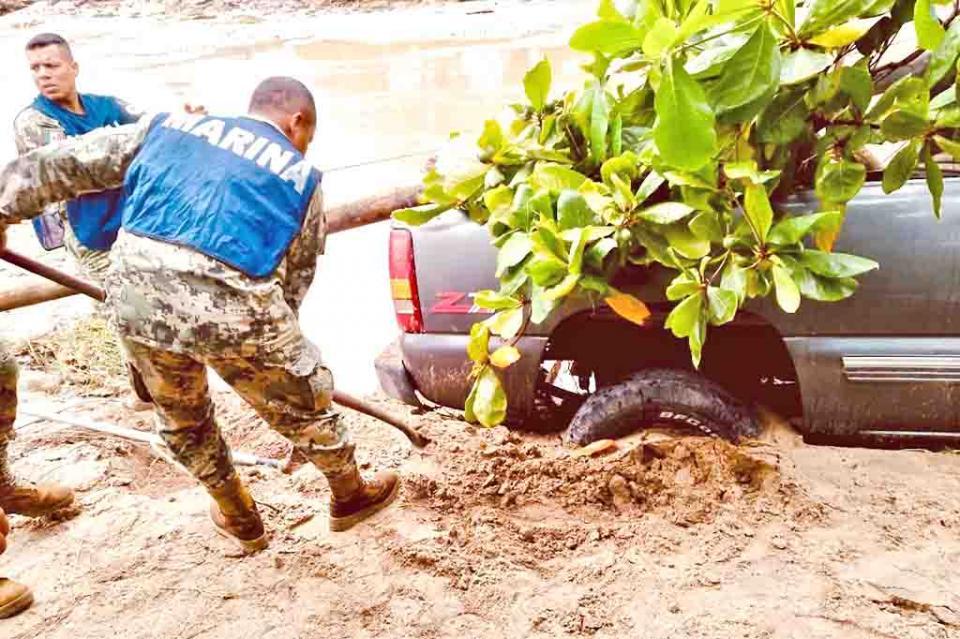 """Brindan las fuerzas armadas protección a la población ante """"Narda"""""""