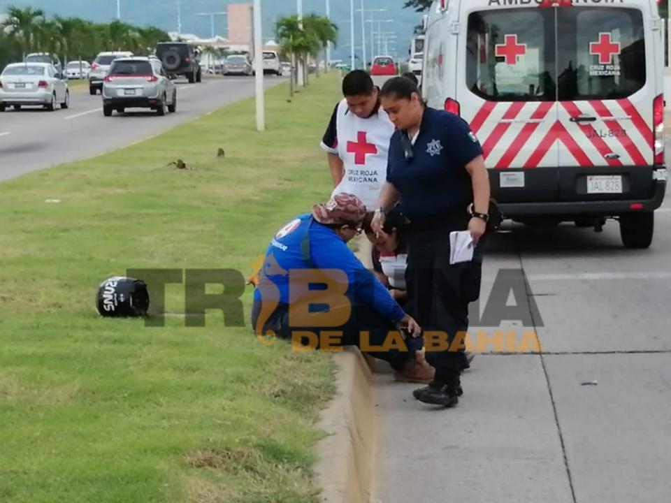Repartidor de farmacéutica fue impactado por automóvil que se dio a la fuga