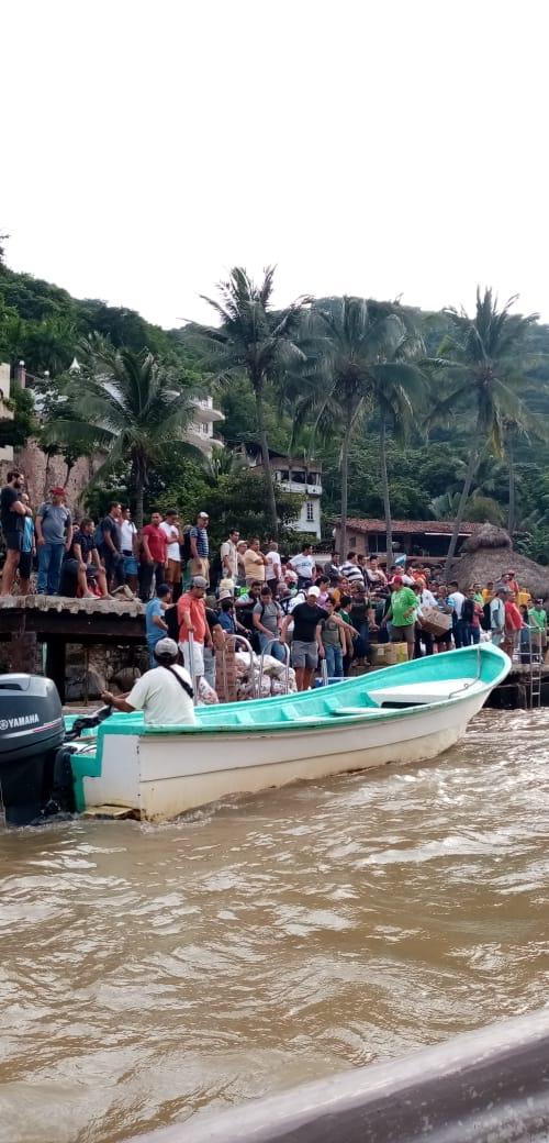 Envían despensas a zonas afectadas de Cabo Corrientes tras el paso de la tormenta Narda