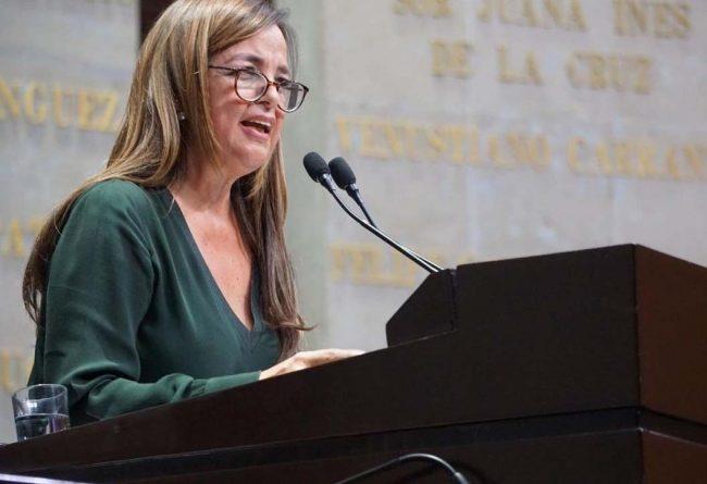 Morena propone amnistía para presas por abortar